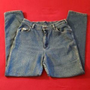 Lee Women's blue jeans